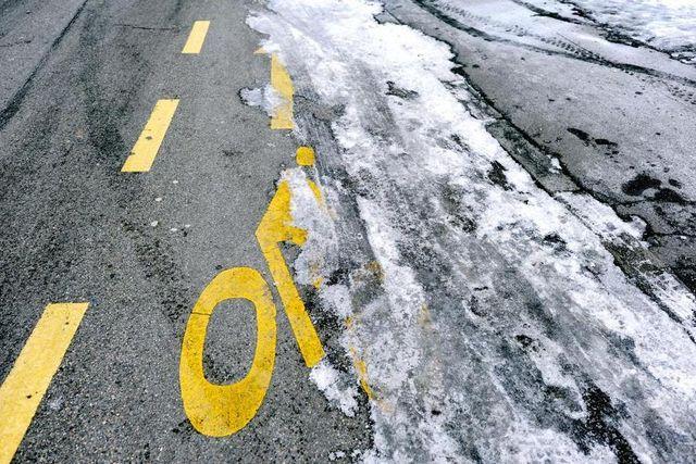 Schnee auf Radweg Genf
